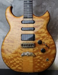 ALEMBIC Electrum S-S-H / Exotic Maple Quilt Top