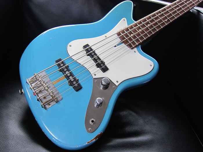 画像2: Davis Custom Guitars Vintage V BASS