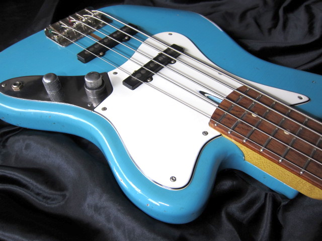 画像3: Davis Custom Guitars Vintage V BASS