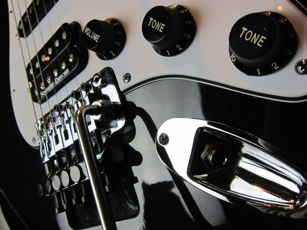 画像3: Davis Custom Guitars Vintage Stratocaster Black FRT