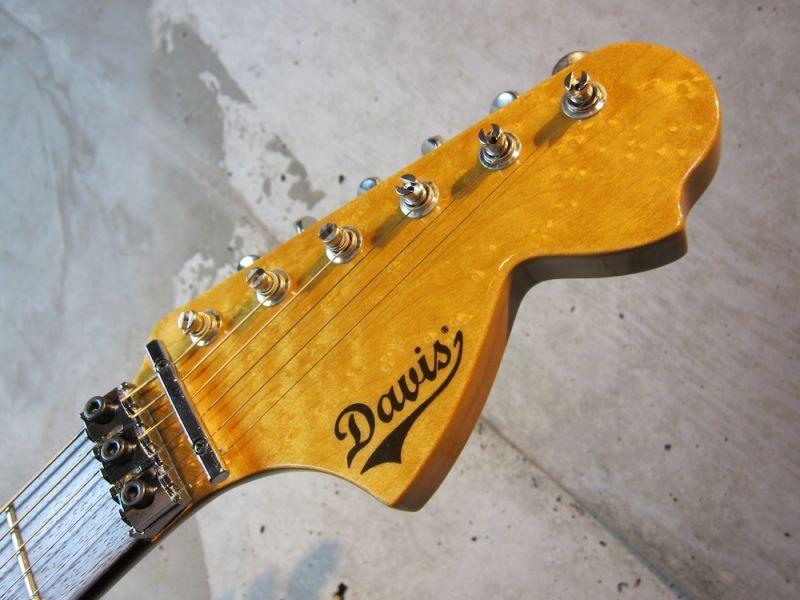 画像4: Davis Custom Guitars Vintage Stratocaster Black FRT
