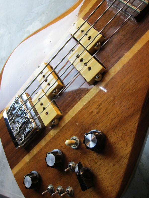 画像4: B.C. Rich  80's  Eagle Bass KOA Jacaranda w/ Flight Case