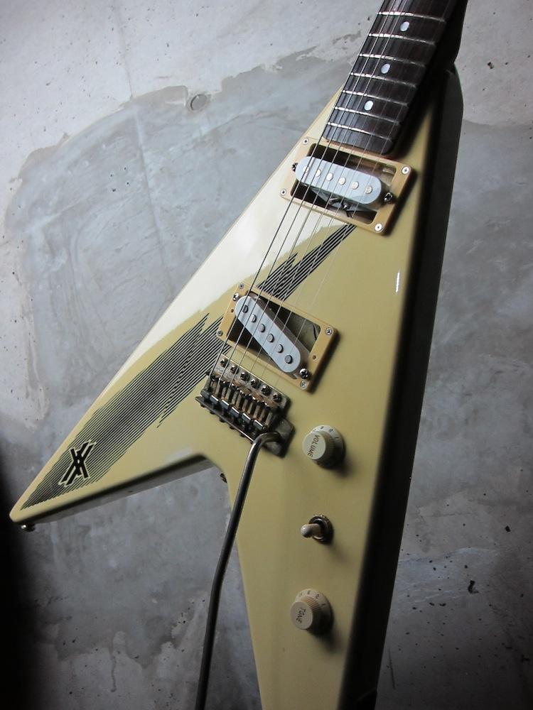 画像1: Aria Pro II XX-DLX Yngwie Malmsteen 80's Flying V Model