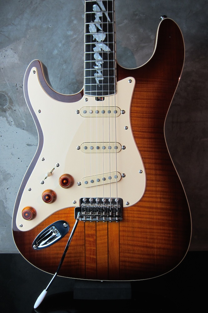 "画像1: Hamiltone Stratocaster Set Neck Model Limited Edition ""Stevie Ray Vaughan"" Lefty"