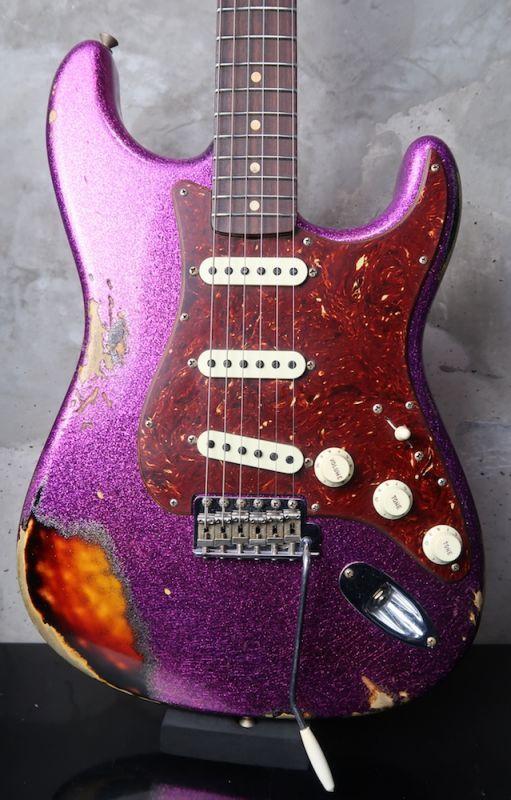 画像1: Fender Custom Shop 1962 Stratocaster Heavy Relic / Magenta Sparkle