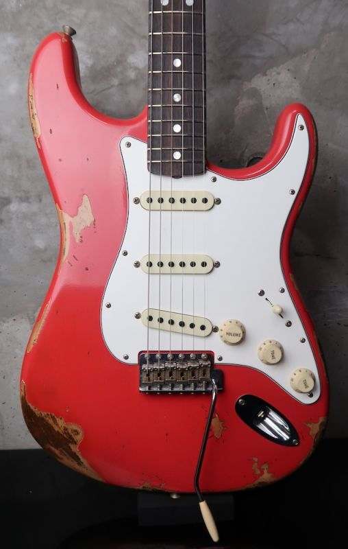画像1: Fender Custom Shop 1969 Stratocaster Heavy Relic / Fiesta Red