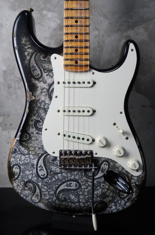 画像1: Fender Custom Shop Staratocaster Ltd Mischief Maker Heavy Relic / Black Paisely