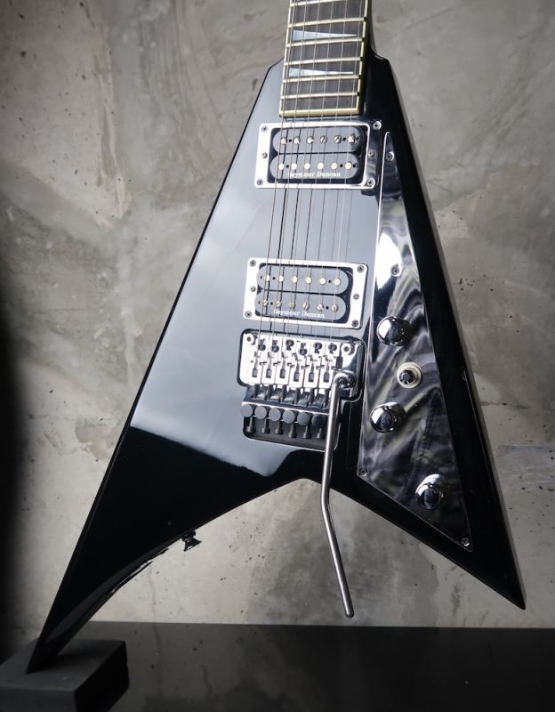 画像1: Jackson Custom Shop RR1 Black Chrome / Reverse Head