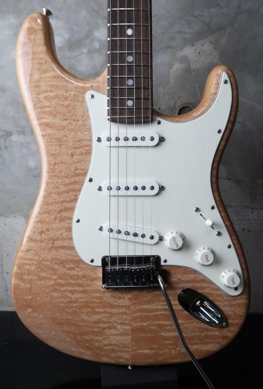 画像1: Fender Custom Shop Custom Deluxe Stratocaster NOS