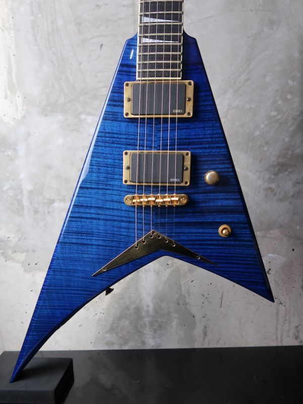 画像1: Jackson USA Custom Shop RR1 Randy Rhoads V Reverse Head / Trans Blue