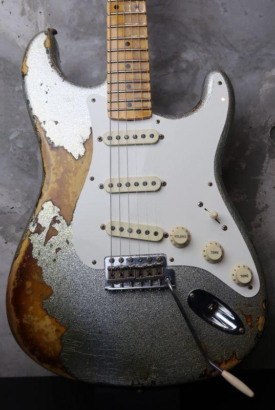 画像1: Fender Custom Shop 1956 Stratocaster Heavy Relic  / Silver Sparkle