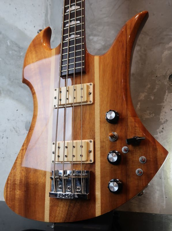 "画像1: B.C. Rich Mockingbird Bass Koa '77 / Red Pin ""512,000円⇨⇨⇨⇨498,000円"""