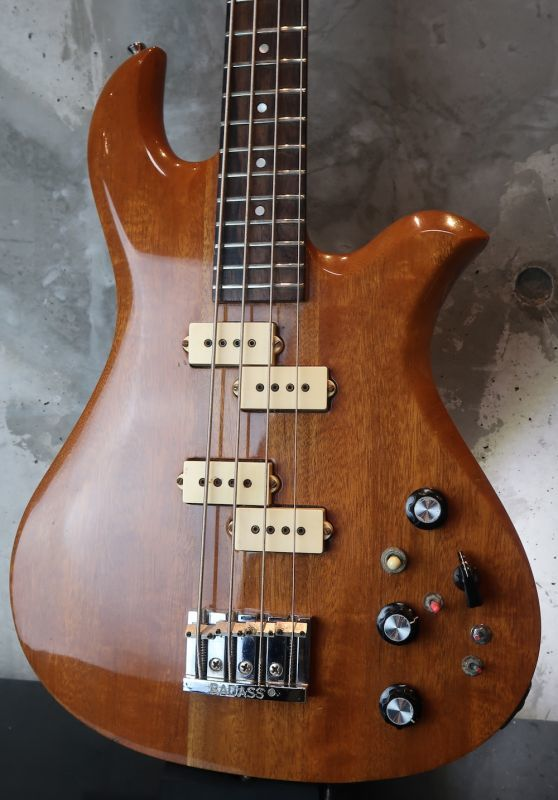 画像1: B.C. Rich Vintage Eagle Bass  / Natural / Red Ping