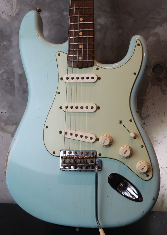 画像1: Fender USA Custom Shop 1960 Stratocaster /  Sonic Blue  / Hard Relic