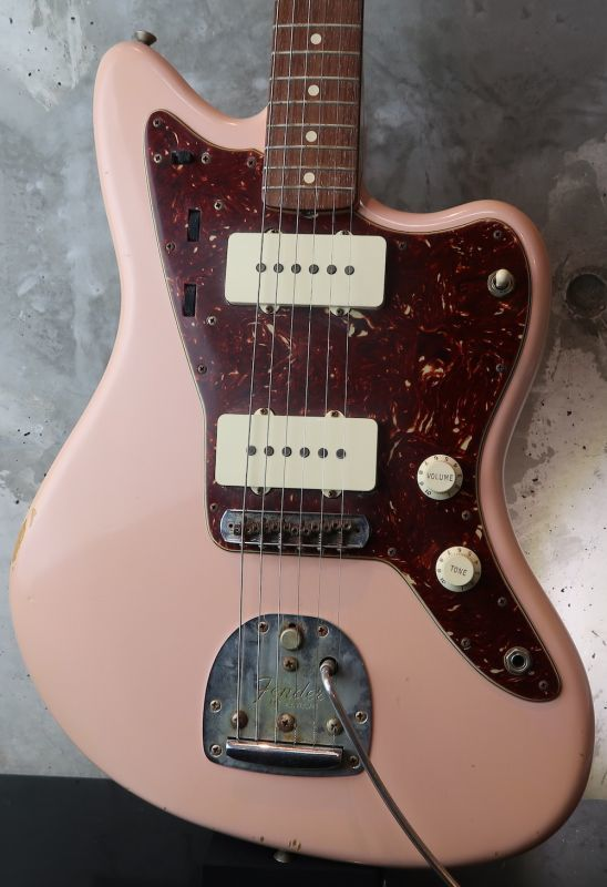 画像1: Fender USA Custom Shop Jazzmaster 1962 / Shell Pink Relic