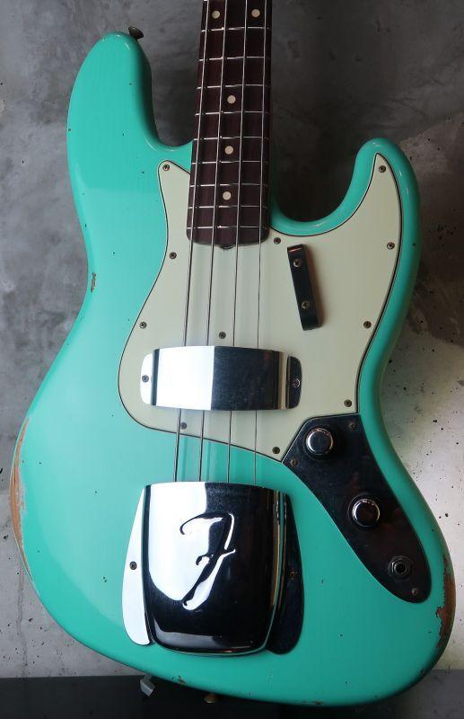 画像1: Fender Custom Shop '60s Jazz Bass Light Relic /  Sea Foam Green